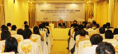 Họp báo Hội chợ Du lịch Quốc Tế Việt Nam (Đà Nẵng, ngày 30/01/2013)