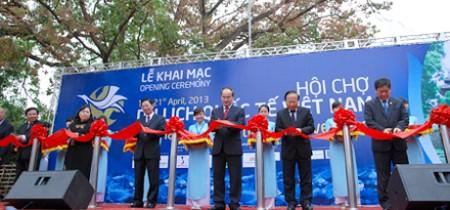 Lễ Khai mạc Hội chợ Du lịch Quốc tế Việt Nam (Ngày 18/04/2013)